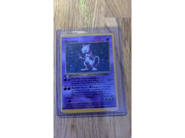 1st edition mewtwo Pokémon card - 2